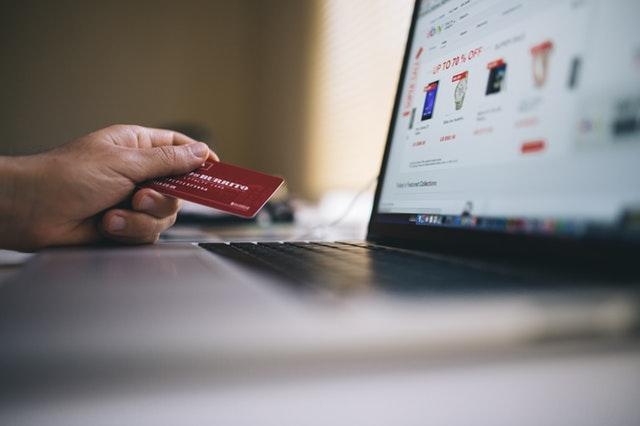 學生能申請信用卡嗎?
